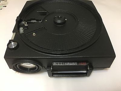 KODAK CAROUSEL 750h slide projector with remote