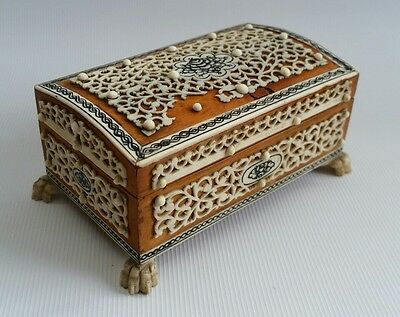 Vintage Antique Anglo-Indian Colonial Vizagapatam Sandalwood Inlaid Trinket Box