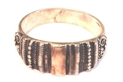 Vintage Oxidized Sterling Silver 925 Dotted Cable Twist Swirl Loop Cocktail Ring