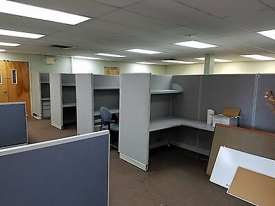 6ft x 6ft CUBICLES / Office Work Station Cubical Cubicle