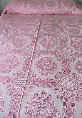 "Vintage pink Damask Coverlet, 80x100"", Excellent preowned, bedspread"