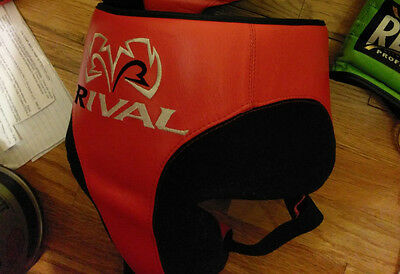 Rival RNFL10 Protector 360 Size Small.. Used less then 10 times on top of Shorts