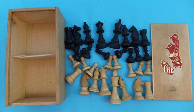 Boxed Original Vintage Staunton Set of Wooden Chess Small Pieces Complete
