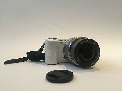 Sony Alpha a5000 Mirrorless Camera with 16-50mm Lens Power Zoom Lens White