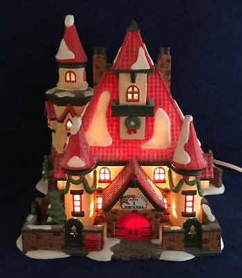 Dept 56  Route 1 North Pole Home of Mr & Mrs Clause 1996 Light up Village 56391