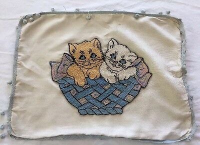 "Charming Vintage Needle Punch Kitty Cats Pillow Cover 21""x16"" ~ Nice!"