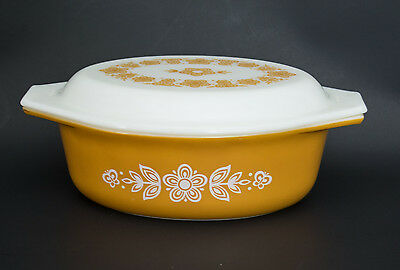 Pyrex - Butterfly gold - 1 1/2 Qt. Casserole with Lid