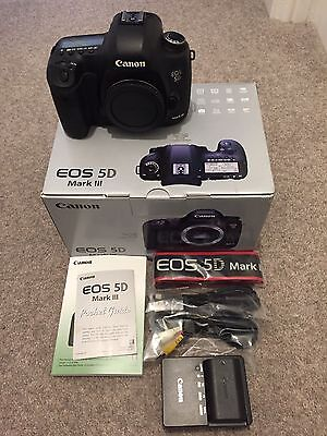 Canon EOS 5D Mark III Body Only DSLR Camera 3k actuations excellent condition