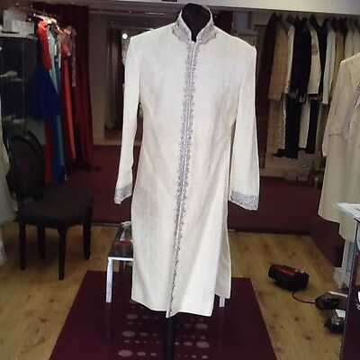 Sherwani In Beautul Ivory Off White With Burgundy Embroidery