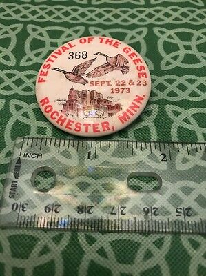 Festival Of Geese Rochester Minnesota 1973 Pin Back Free Shipping