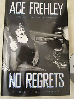 Kiss  Signed Book-Gene Simmons Ace Frehley Peter Criss Paul Stanley