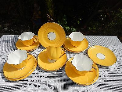 17 x Vintage Shelley Block Colour Yellow Dainty 2nd Quality