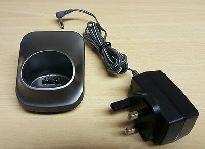 PANASONIC PNLC1010 ZA Silver Charge Base Stand for KX-TGA650E + AC ADAPTOR.