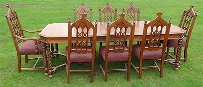 1920s 1930s Rockford Republic Spanish Jacobean Walnut Dining Room Table 8 Chairs