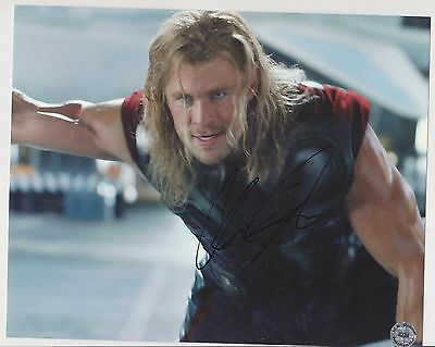 Chris HEMSWORTH Genuine Original Signed Autograph THOR  10x8 Gloss Photo COA