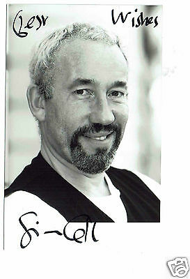 Simon Callow Actor Rebel Hand Signed Photograph   6 x 4  and Compliment Slip