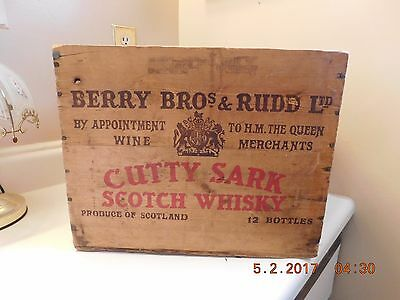 Vintage Cutty Sark London Wooden Michigan Advertising Crate Scotch Whiskey