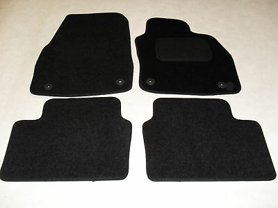 Vauxhall Astra Mk5 2004-2009 Fully Tailored Car Mats in Black.
