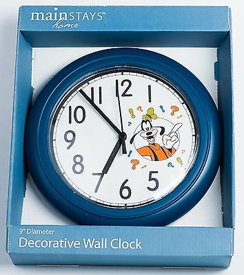 "Disney Goofy Decorative Wall Clock. 9"" Diameter."
