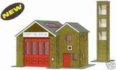 Superquick The Country Fire Station Card Building Model Kit B36 00/HO Gauge