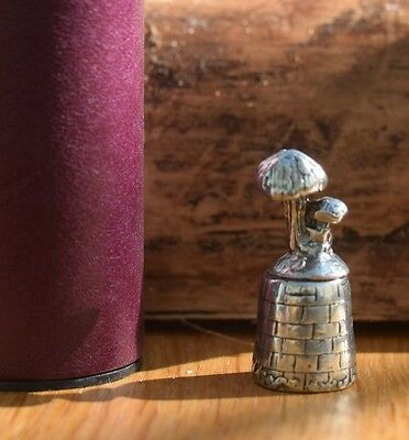 Mushrooms Pewter Thimble  T32