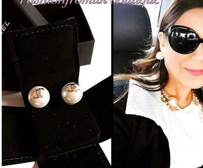 CHANEL CLASSIC LARGE WHITE PEARL GOLD CC PIERCED EARRINGS *Harrods*