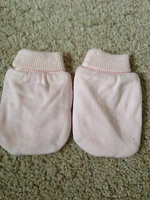 Brand New Designer Sample /M&S Pink Mittens/ Gloves. Girls. Age 6-12 Months