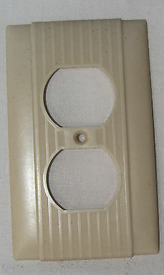 Vtg Mid Century Art Deco Ribbed IVORY Bakelite outlet Plate Cover, Uniline P&S