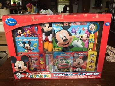 Disney Mickey Mouse Clubhouse Deluxe Read And Play Gift Set NIB!