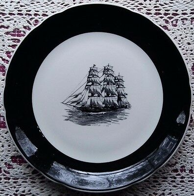 Jackson China - Restaurant Ware Clipper / Sailing Ship Dinner Plate - 9 3/4""