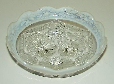 """Northwood RUFFLES & RINGS White Opalescent DAISY BAND 8"""" Bowl"""