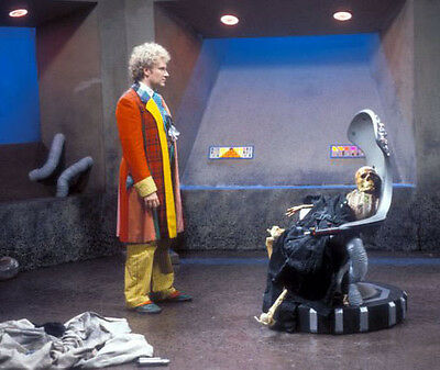 Colin Baker UNSIGNED photo - H8026 - Doctor Who