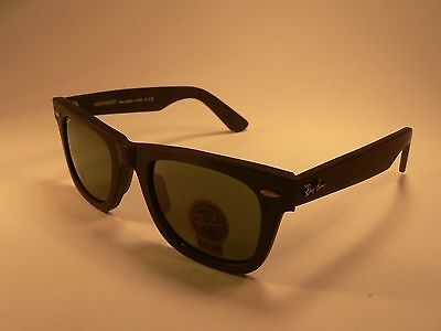 Ray-Ban Wayfarer Sunglasses RB2140 Matte Black / Grey