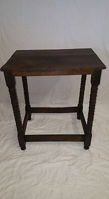 Rustic Oak 18th Century Bobbin Turned Table !!