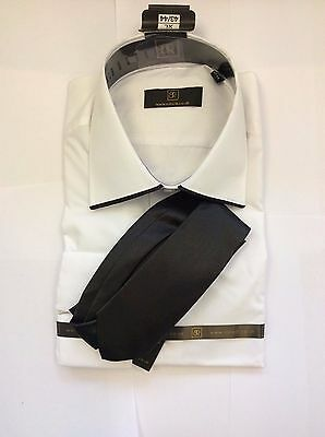 Brand New White With Black Edging On Collar Of  Shirt  By Robelli