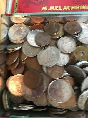 1.7 Pounds Circulated World Coin Lot Foreign Coins Plus Lots Of Wheat Pennies!