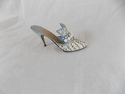 """2000 JUST THE RIGHT SHOE """"Frosted Fantasy"""" by Raine #25032 - Never Displayed COA"""