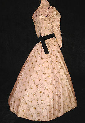 CHARMING 1890s ANTIQUE VICTORIAN 2 pc PINK FLORAL SILK GOWN DRESS