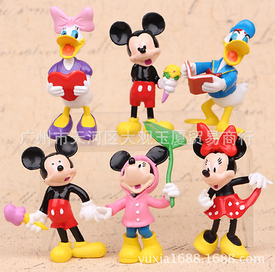 Lot of 6 Mickey Minnie Mouse and Friends Figure Figurines Topper Decor Toy Doll