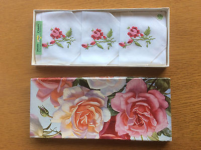 New Vintage Boxed 3x Ladies Handkerchiefs, White Irish Cotton, Floral Embroidery