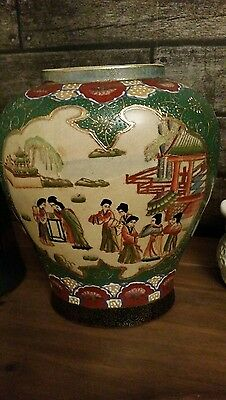 rare genuine mid 1900s satsuma vase.japanese pottery hand painted just stunning