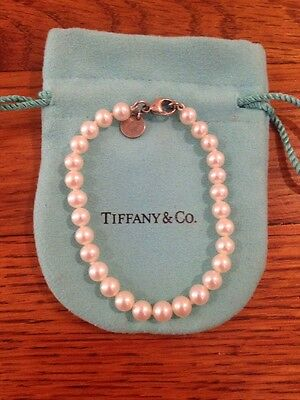 $385 Tiffany & Co Fresh Water Cultured Ziegfeld Collection Pearl Bracelet