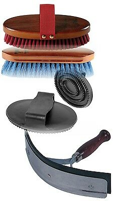 Horse Grooming Kit (Body brush, curry comb, dandy brush and a scraper)