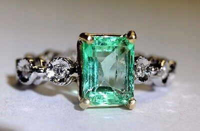 Fine 1CT Colombian Emerald and Diamond Flexible 14K Gold Ring Size 4.25