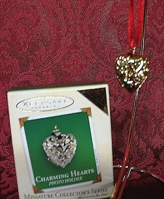 Hallmark 2003 Repainted Miniature Series Orn. #1~Charming Hearts~Photo Holder