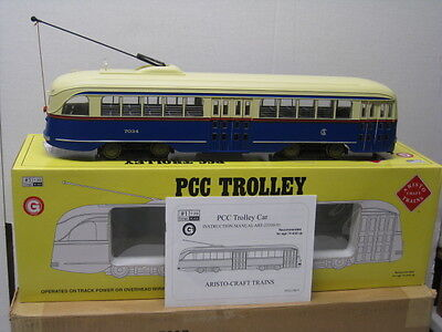 ART- 23322 Aristocraft PCC Trolley/Streetcar (Chicago CSL),G Scale Factory New.