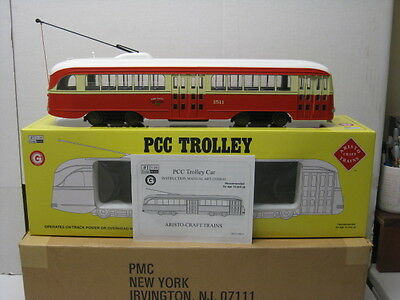 ART- 23318 Aristocraft PCC Trolley/Streetcar (St Louis),G Scale Factory New.