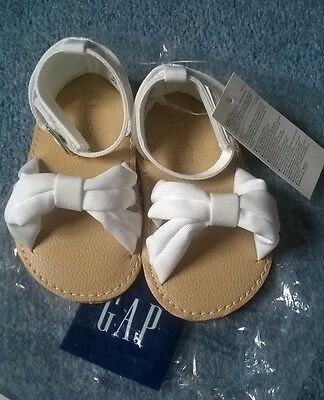 Baby girls shoes 6-12months GAP