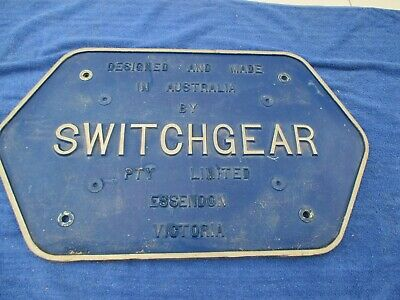 Switchgear Cast Iron Sign (1752)