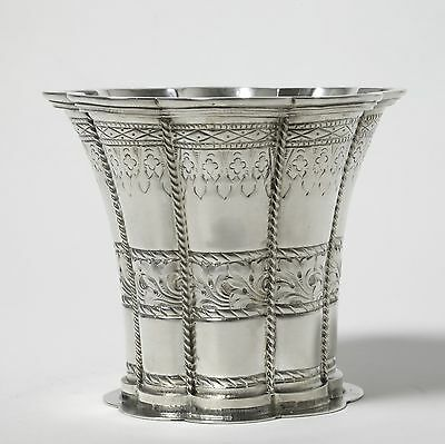 Sterling silver cup or vase * Margret cup *. Denmark 20th century.